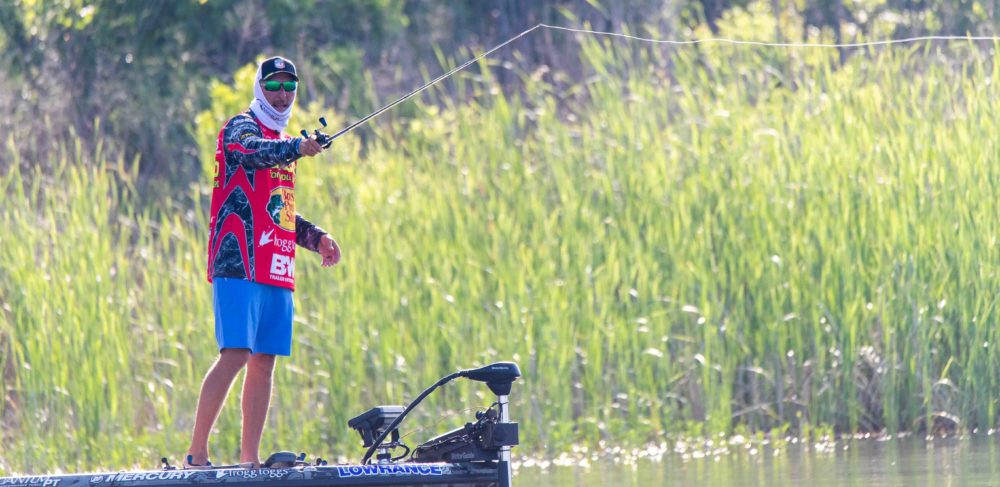 Image for Strader Makes Key Adjustment, Wins First Elimination Round of 2019 Summit Select