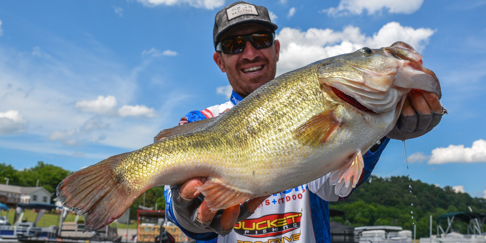 Wheeler Wallops 10 Pounder On Day 3 To Reclaim Lead At Flw Super Tournament Major League Fishing