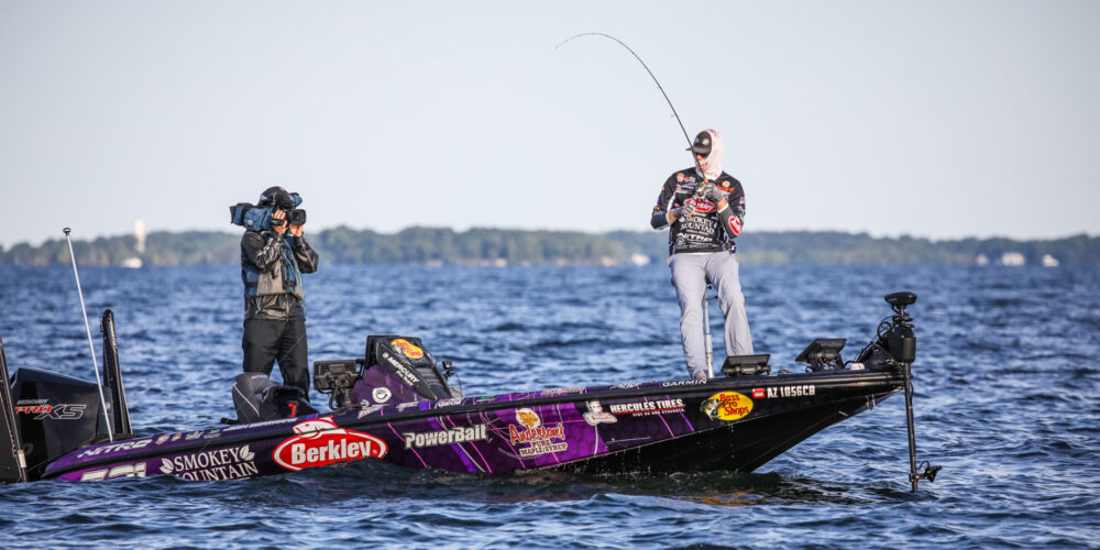 Image for SUPER TOURNAMENT UPDATE: Slugging It Out on Lake Erie, Lake St. Clair