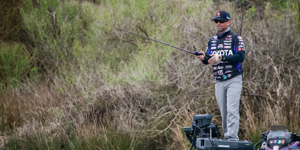 Image for MIKE IACONELLI: Soft Plastic Jerkbaits and Fall Bass