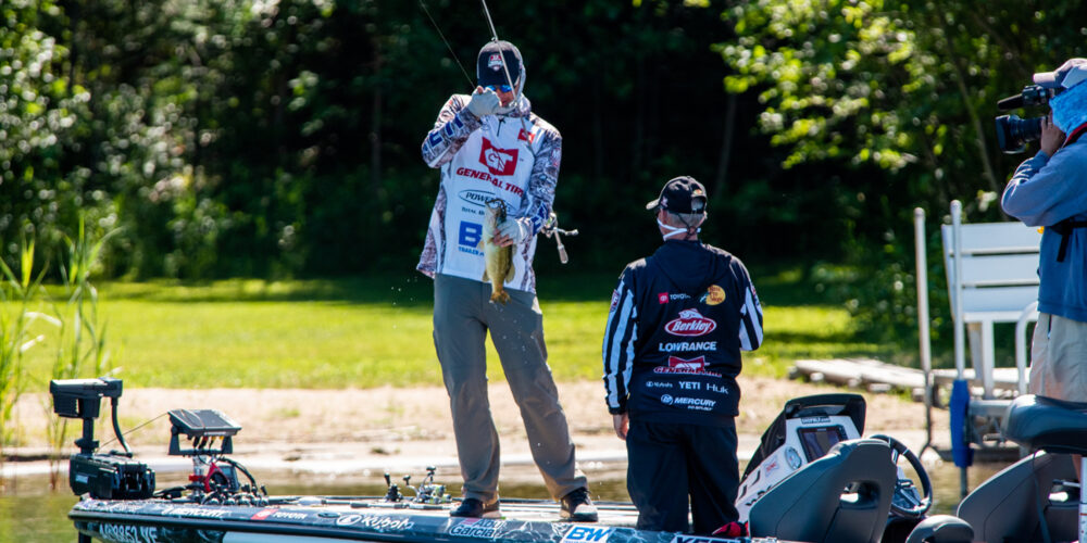 Image for Meyer Shatters Records on Day 2 at General Tire World Championship Presented by Bass Pro Shops