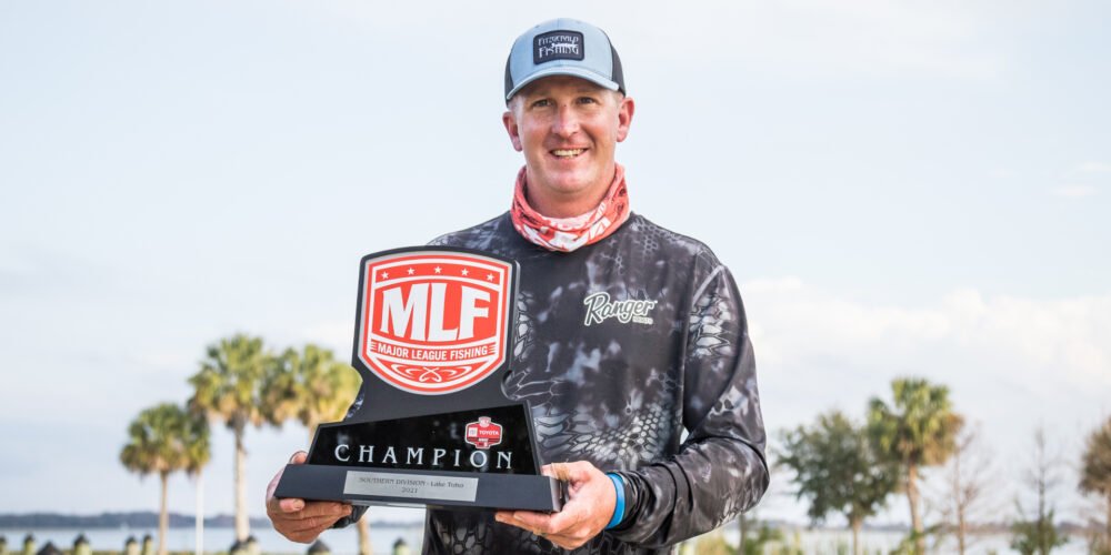 Image for Schmitt Sets Toyota Series Wins Record on Toho