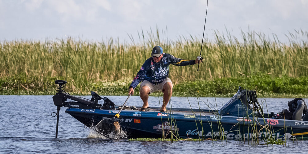 Image for MIDDAY UPDATE: Frederick, Latimer Find Okeechobee Hawgs, Field is on the Hunt for 20-Pound Bags
