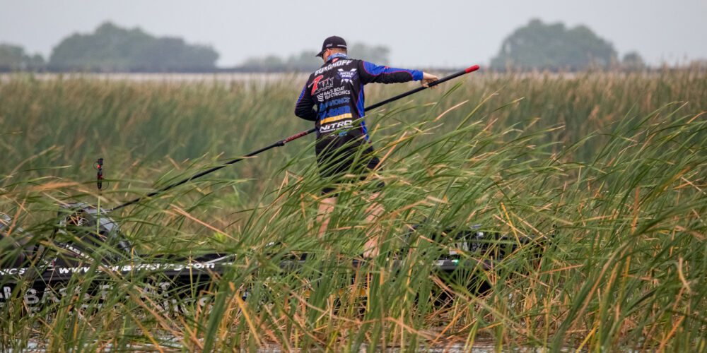 Image for MIDDAY UPDATE: Burghoff Clinging to Miniscule Lead
