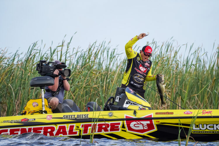 Image for GALLERY: Skeet Reese's Morning Flurry Powers him to Big Lead on Okeechobee