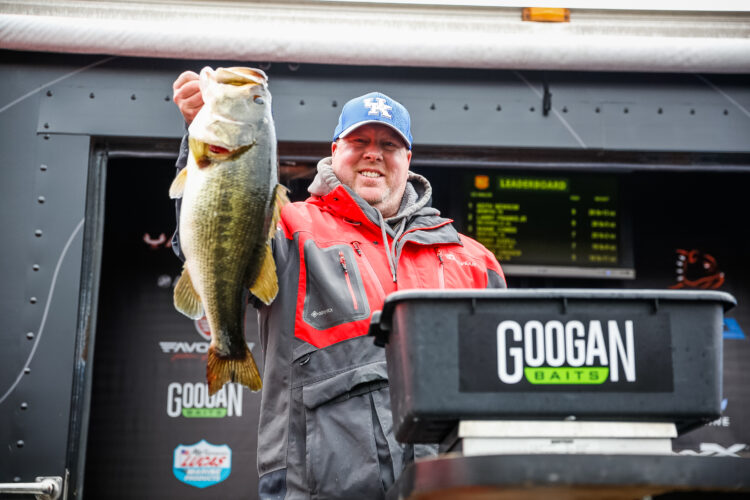 Image for GALLERY: Toyota Series Central Division, Lake Guntersville, Day 2 Weigh-In
