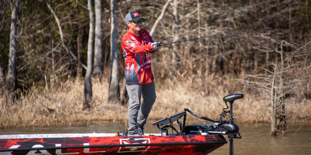 Image for AFTERNOON REPORT: VanDam, Browning Working to Get Above Toro Cut Line