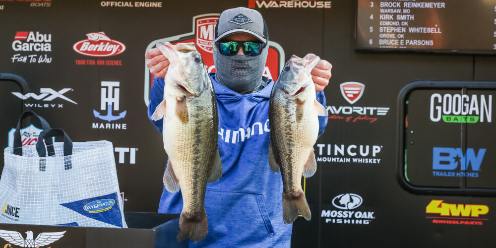 Image for Harlin Grabs Lead on Lake of the Ozarks