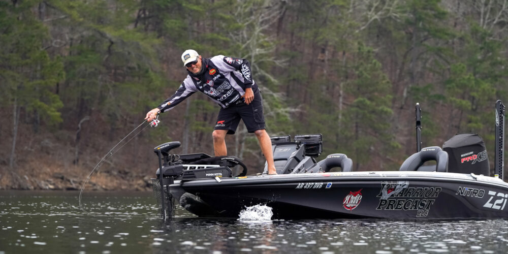 Image for MIDDAY REPORT: Spots Spotty, Largemouth Lurking at Smith Lake