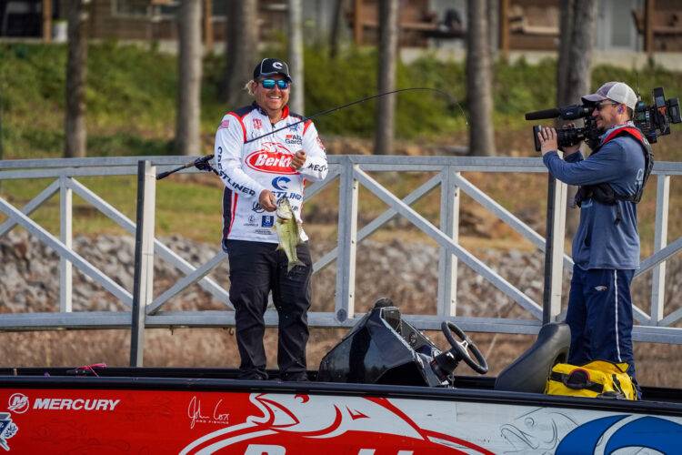 Image for John Cox Extends Lead at  Tackle Warehouse Pro Circuit on Lewis Smith Lake