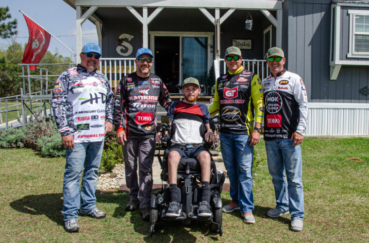 Image for MLF Pros Partner With Toro for Spring Clean Up at Texas Marine's Residence