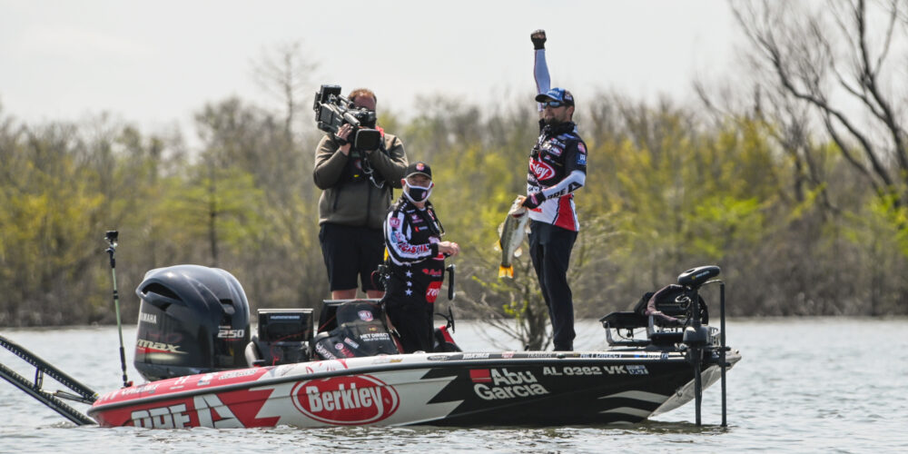 Image for Lucas Wins Knockout Round, Final 10 Anglers Set for Finale at Major League Fishing's Toro Stage One at Sam Rayburn Reservoir Presented by Power-Pole