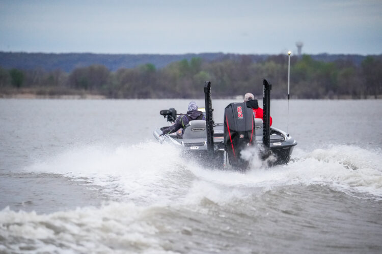 Image for GALLERY: Toyota Series Plains Division, Grand Lake, Day 1 Takeoff