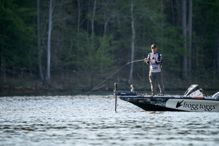 Image for GALLERY: Group B Fights a Fickle Falls Lake