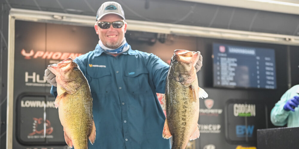 Image for Combs Takes the Lead on Day 1 at Sam Rayburn