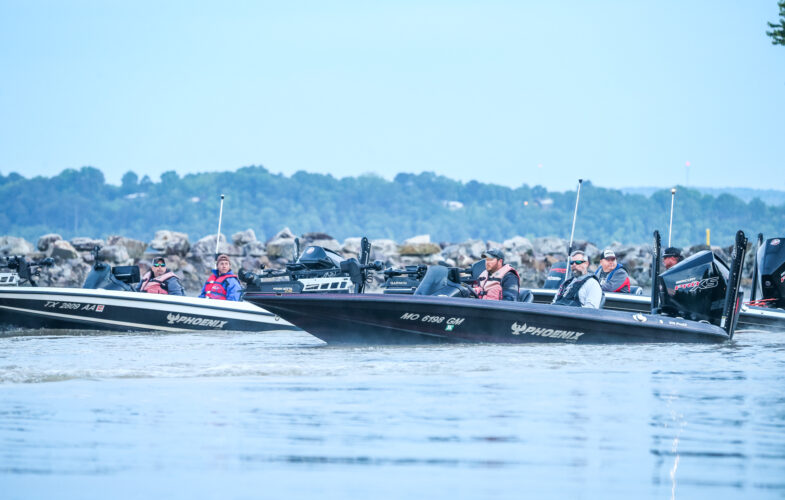 Image for GALLERY: Toyota Series Plains Division, Lake Dardanelle, Day 3 Takeoff