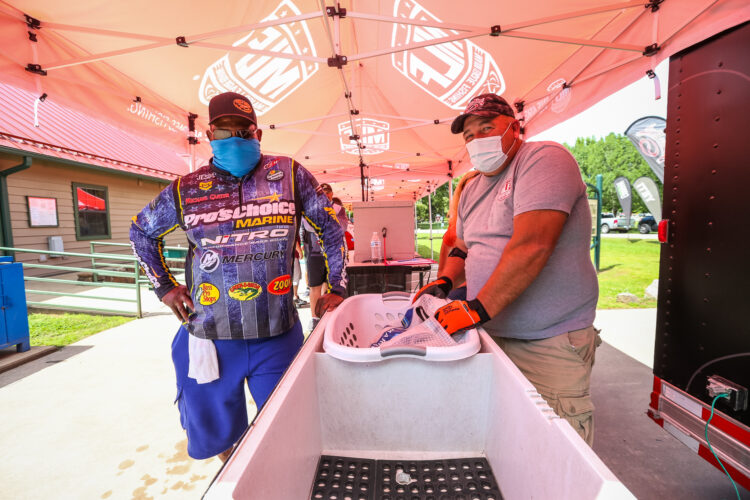 Image for GALLERY: Toyota Series Plains Division, Lake Dardanelle, Day 3 Weigh-In