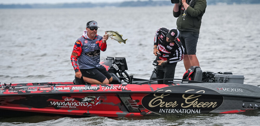 Image for Hite Wins Group A on Harris Chain; Daniels Edges Out Howell by 5 Ounces