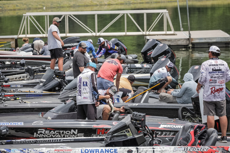 Image for GALLERY: Toyota Series Central Division, Lake Chickamauga, Day 3 Weigh-In