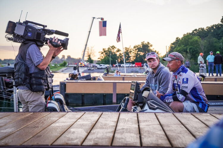 Image for GALLERY: Phoenix Bass Fishing League All-American, Douglas Lake, Day 3 Takeoff