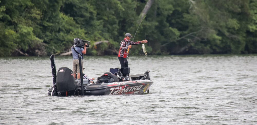 Image for KVD Grabs Knockout Round Win; Championship Field Set on Chickamauga