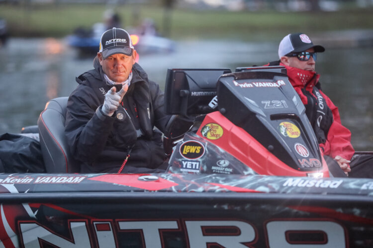 Image for GALLERY: Launching Into the Chickamauga Championship