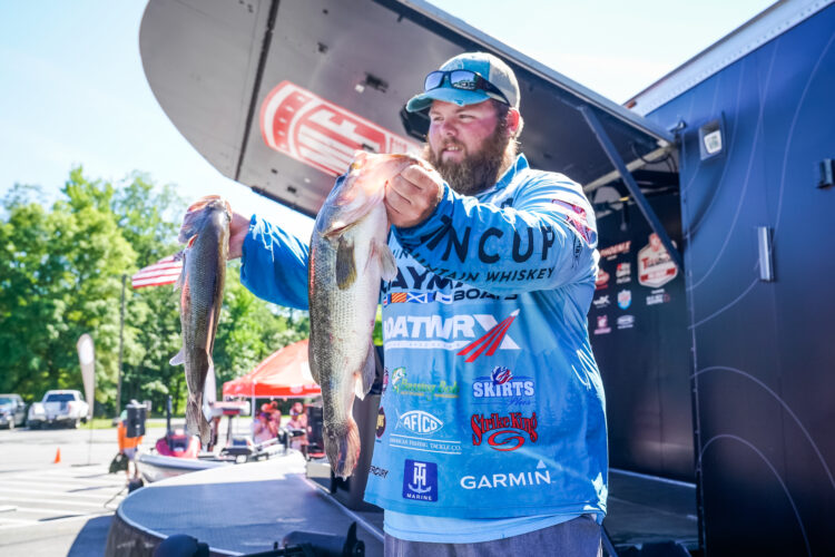Image for GALLERY: Tackle Warehouse Pro Circuit, Potomac River, Day 1 Weigh-in