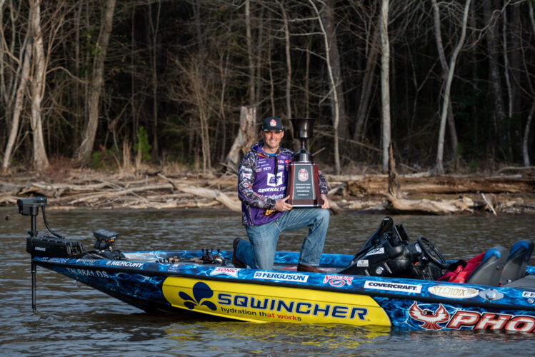 Image for Marty Robinson Wins 2021 MLF Wiley X Summit Cup Presented by B&W Trailer Hitches on Lake Murray