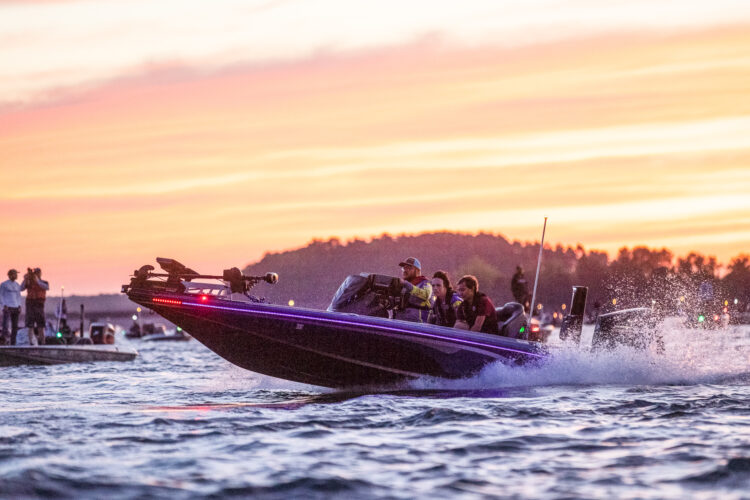 Image for GALLERY: High School Championships, Lake Hartwell, Day 2 Takeoff