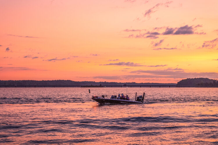 Image for GALLERY: High School Fishing World Finals, Lake Hartwell, Day 4 Takeoff