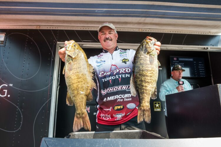 Image for GALLERY: Toyota Series Northern Division, St. Lawrence River, Day 2 Weigh-In
