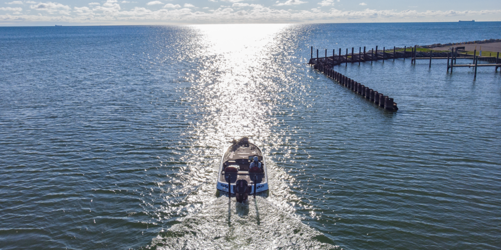 Image for MERCURY KEYS TO VICTORY: Surviving the Winds at Lake St. Clair