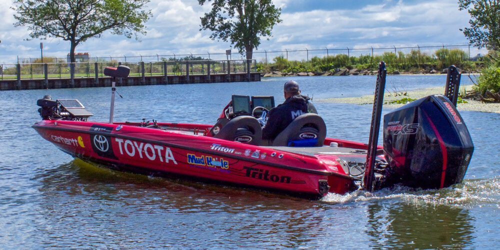 Image for Scroggins Scours Lake St. Clair Ahead of Stage Seven