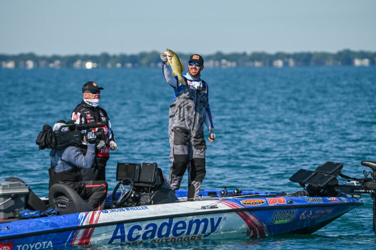 Image for GALLERY: Calm Waters Yield Stellar Day 1 on St. Clair