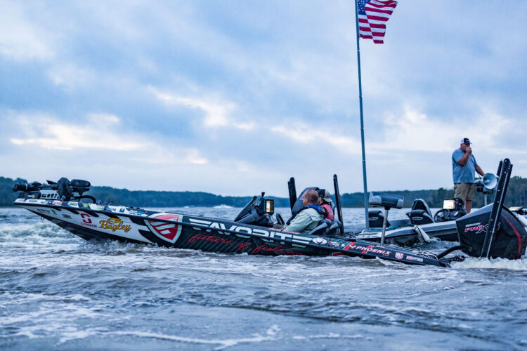 Image for GALLERY: Toyota Series Northern Division, Potomac River, Day 2 Takeoff