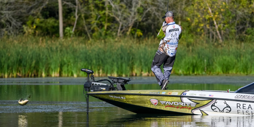 Image for Follow Andy Morgan's Largemouth Plan for Success in Northern Smallmouth Waters
