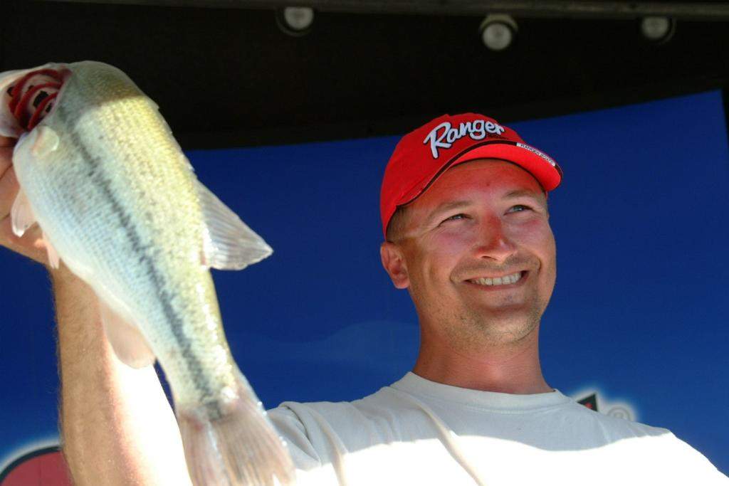 Image for Minderman wins EverStart title on Lake Mead