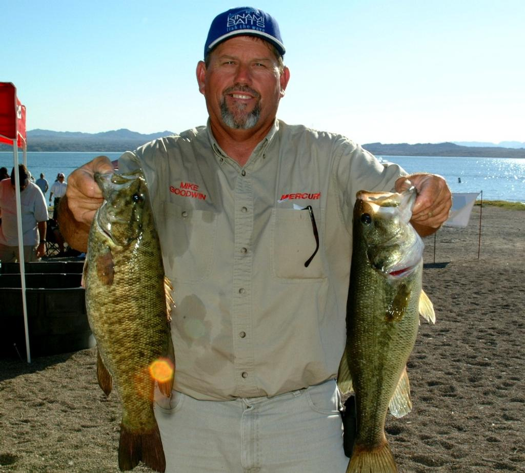 Image for Goodwin bests pros at Havasu opener