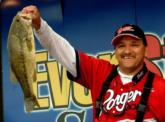 Third-place pro Larry Marquez of Lake Havasu City caught a limit weighing 15 pounds, 4 ounces, including this 5-pound, 9-ounce kicker largemouth that won him the day's big-bass award.