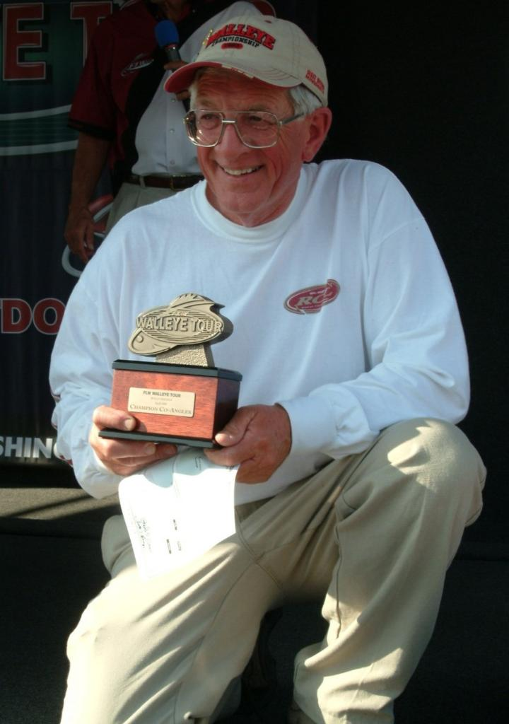 Image for Brewer holds off competition, becomes co-angler champion