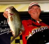 Pro Gerald Beck of Lexington, N.C., placed fifth with a two-day weight of 36 pounds, 1 ounce. His 18 1/2-pound limit Thursday was buoyed by this 5-13 kicker largemouth.