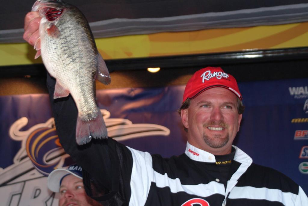 Image for Reese reigns supreme on Clear Lake