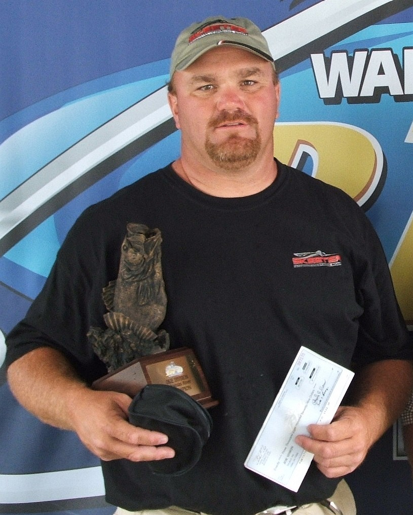 Image for Simon wins Wal-Mart Bass Fishing League event on Arkansas River