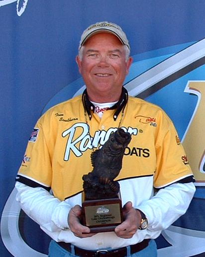 Image for Southern wins Wal-Mart Bass Fishing League Regional Championship on Lake Chickamauga