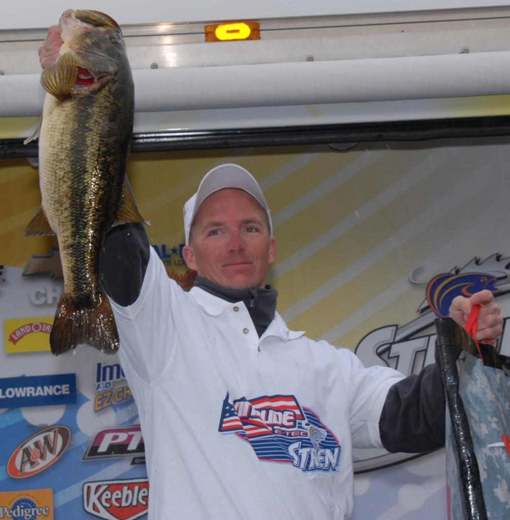 Image for Pegram wins Co-angler Division at Seminole
