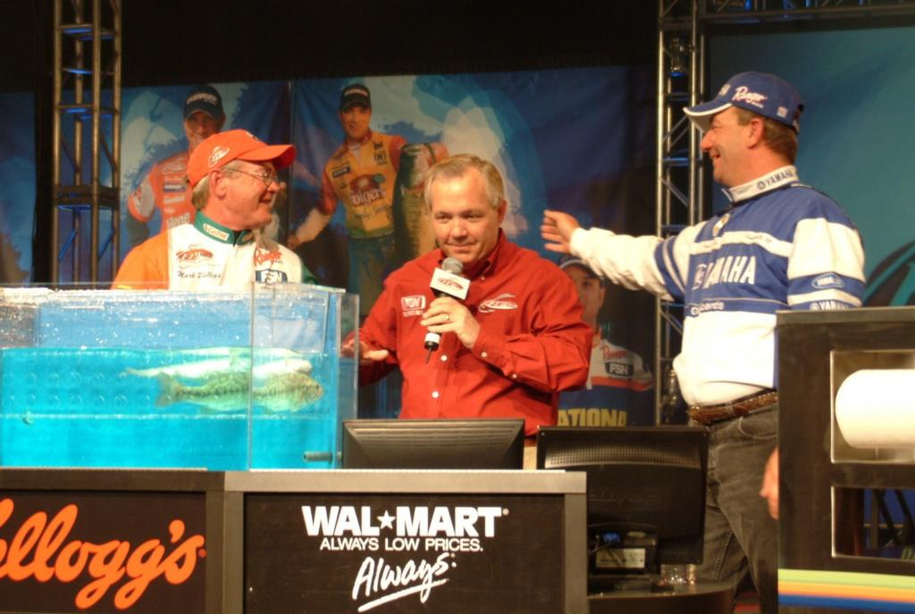 Image for Divis claims fourth FLW Outdoors title