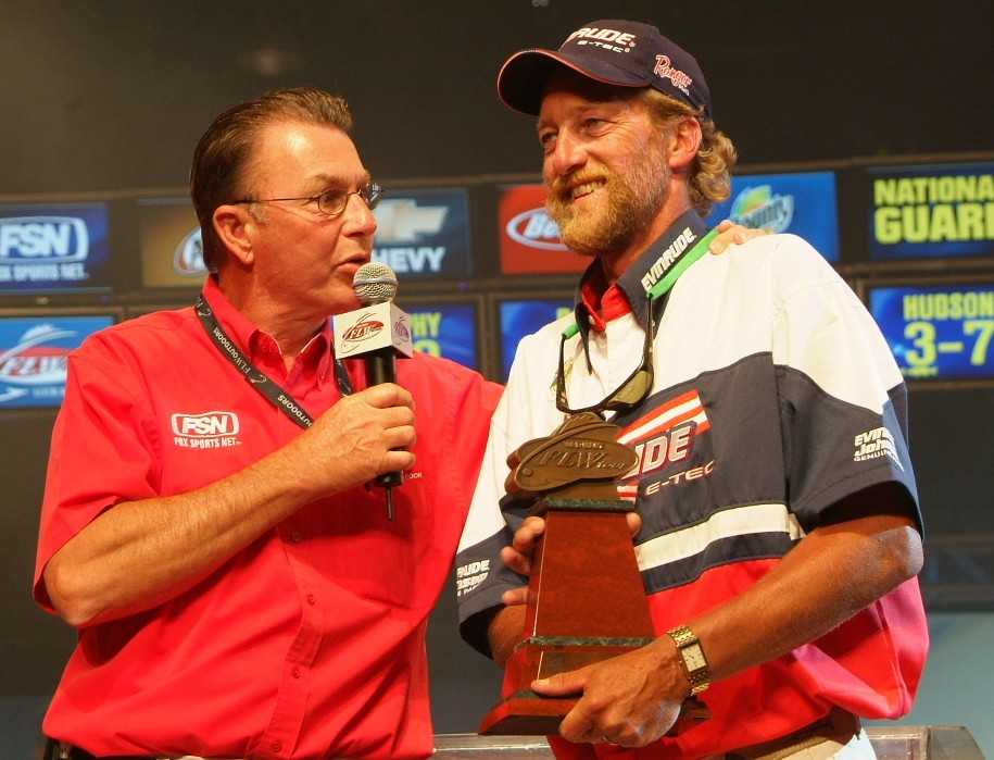 Image for Wisconsin fisherman claims co-angler title