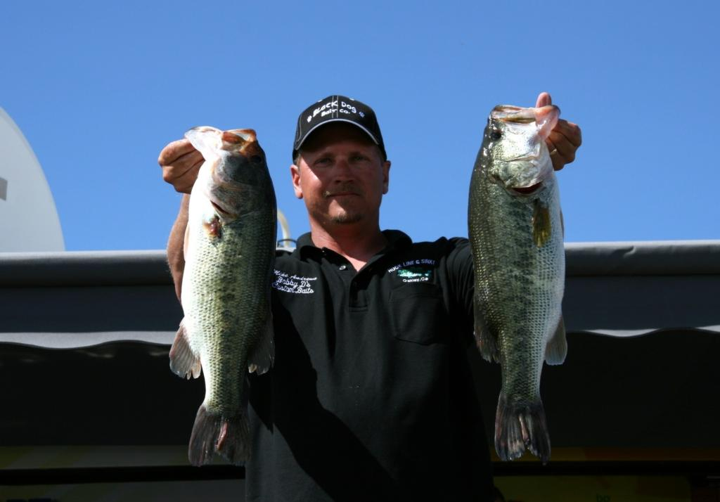 Image for Andrews expands pro lead at Cal Delta