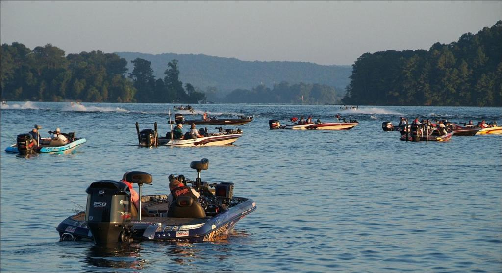 Image for FLW College Fishing headed for Lake Guntersville