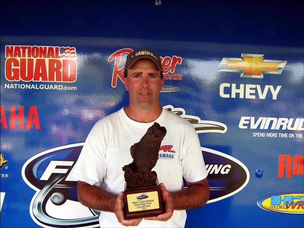 Image for Moeser wins BFL event on Mississippi River